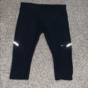 Nike dri fit cropped leggings, size M